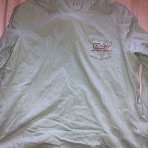 vineyard vines long sleeve hoodie shirt